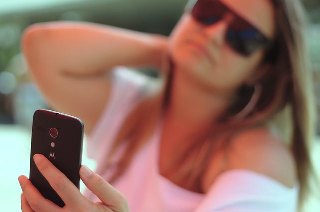 Are Selfies Generating More Clientele For Car Accident Lawyers?
