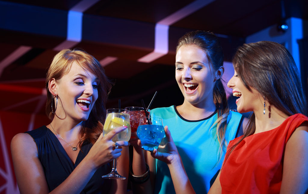 women with cocktails may need DUI attorneys